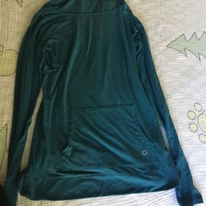 Teal lightweight Gap Athletic Long Sleeve Tee